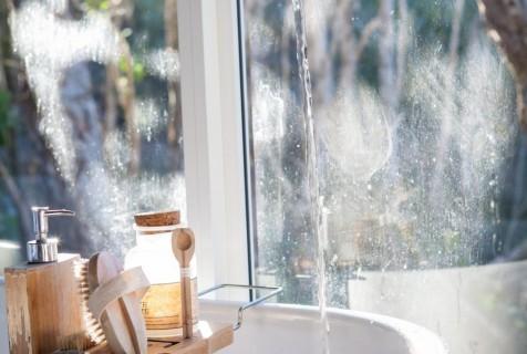 Ryddetips til badet – vi rydder i sone 5