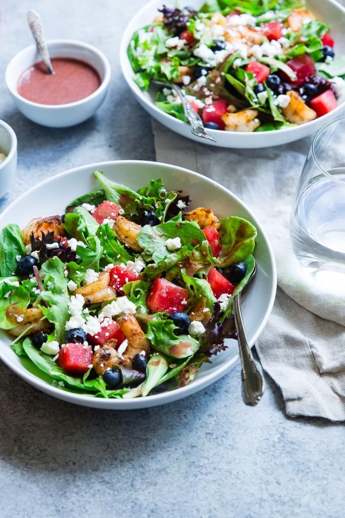 Rydd opp i serveringsdeler og salatboller