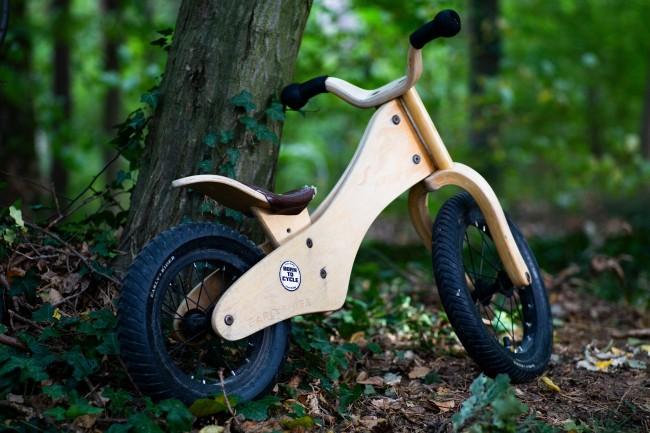 Vi rydder sykler og sykkelutstyr og store leker med hjul
